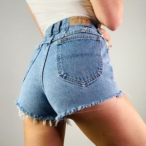 Vintage RIDERS Highrise Cut Off Jean Denim Shorts